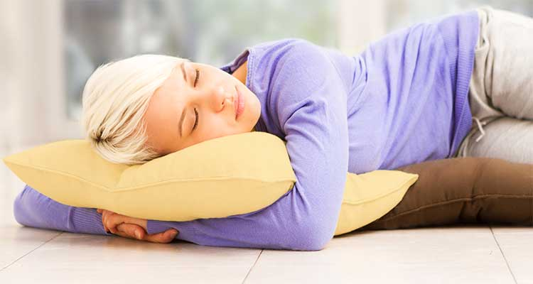 Tips on how to sleep on the floor comfortably